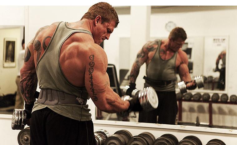 https://justsport.info/images/uprazneniya/uprazneniya-bodybuilding.jpg
