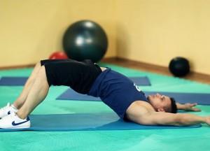 Упражнения для растяжки нижней части спины
