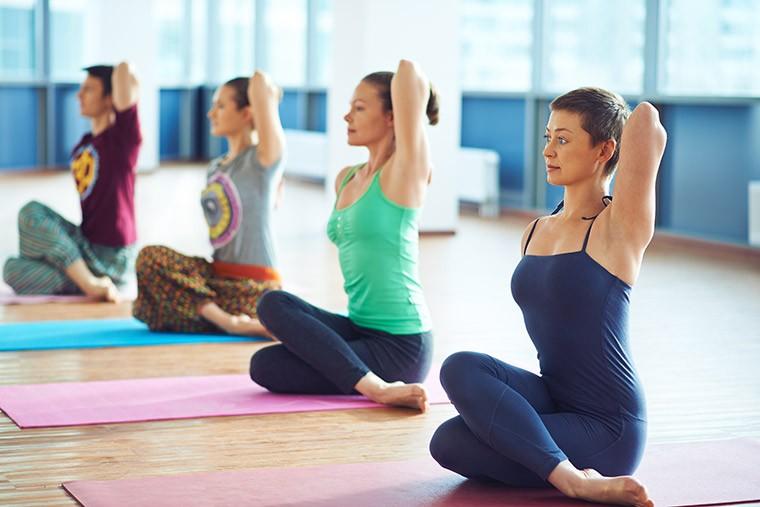 Кому полезна йога-терапия