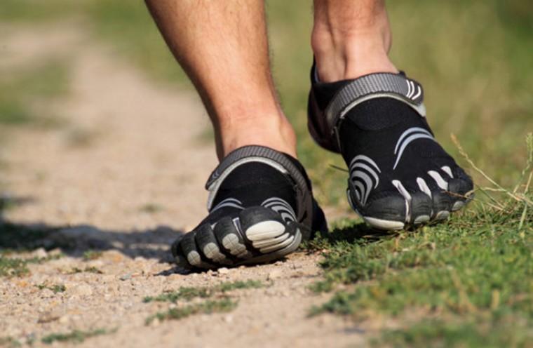 Босоногие кроссовки