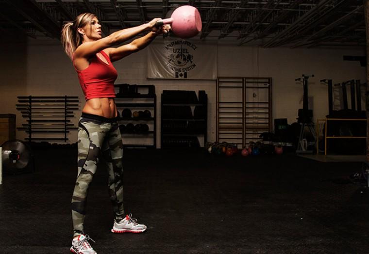 Комплекс упражнений с гирями для девушек