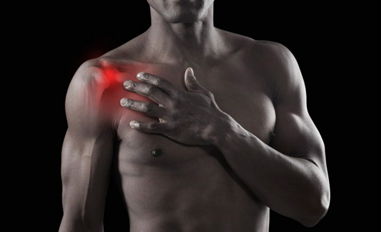 Кинезио тейп - помощь при травме плеча
