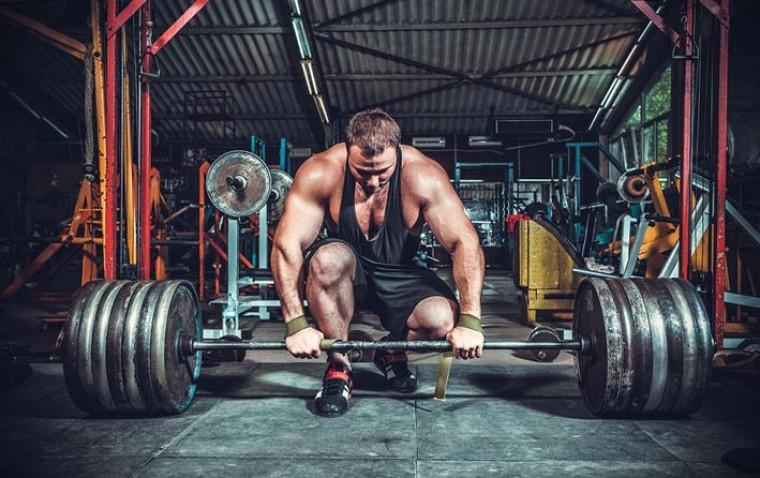 10 лучших упражнений со штангой