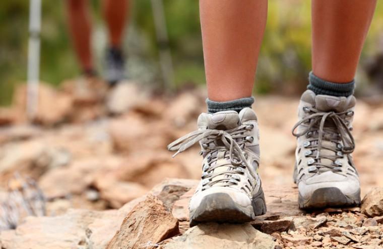 Трекинговые кроссовки